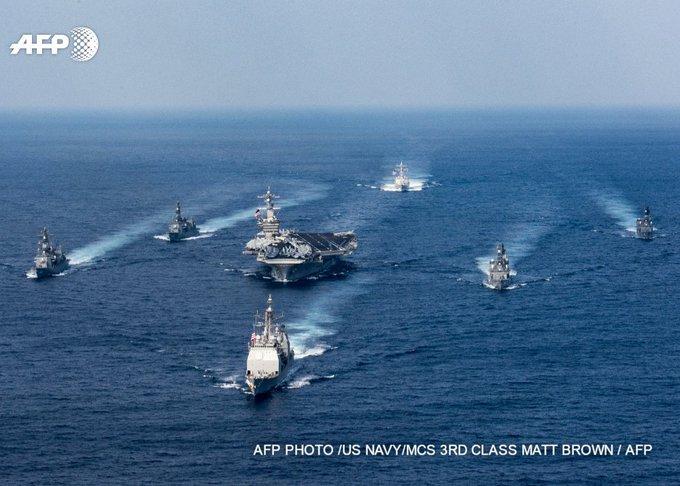 Début des exercices conjoints entre porte-avions américain et marine japonaise https://t.co/9gkwLV1jdU #AFP