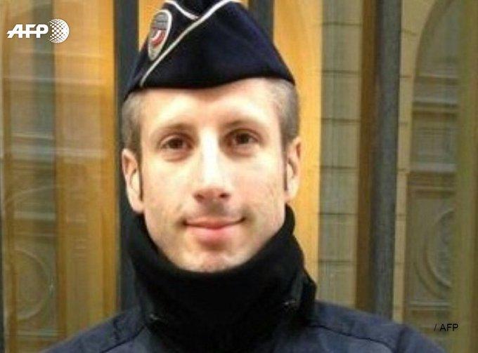 Xavier Jugelé, un policier qui voulait 'célébrer la vie' https://t.co/Vg7gijjDj3 #AFP