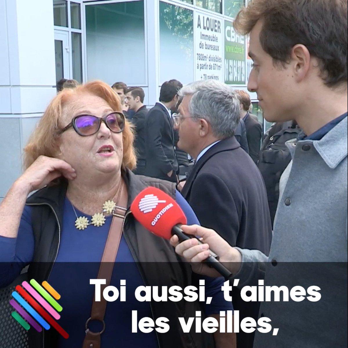 Devant le QG de François Fillon, @HugoClement a fait une rencontre. Victoire, on vous embrasse. #Quotidien
