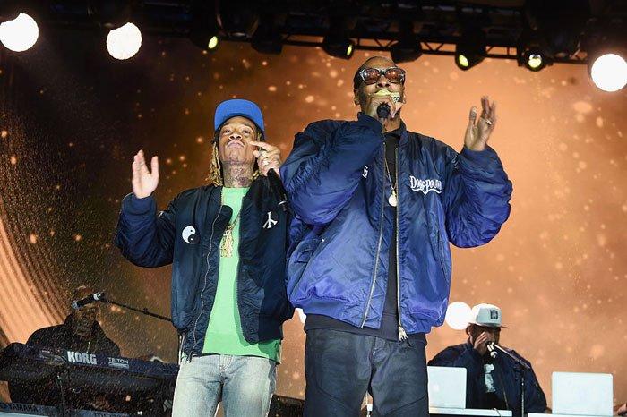New Music: Snoop Dogg feat. Wiz Khalifa & Devin the Dude - '420 (Blaze Up)' https://t.co/PWFsWpksDz