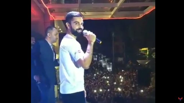 WATCH: Virat Kohli makes stadium full of fans sing Happy Birthday to Sachin Tendulkar