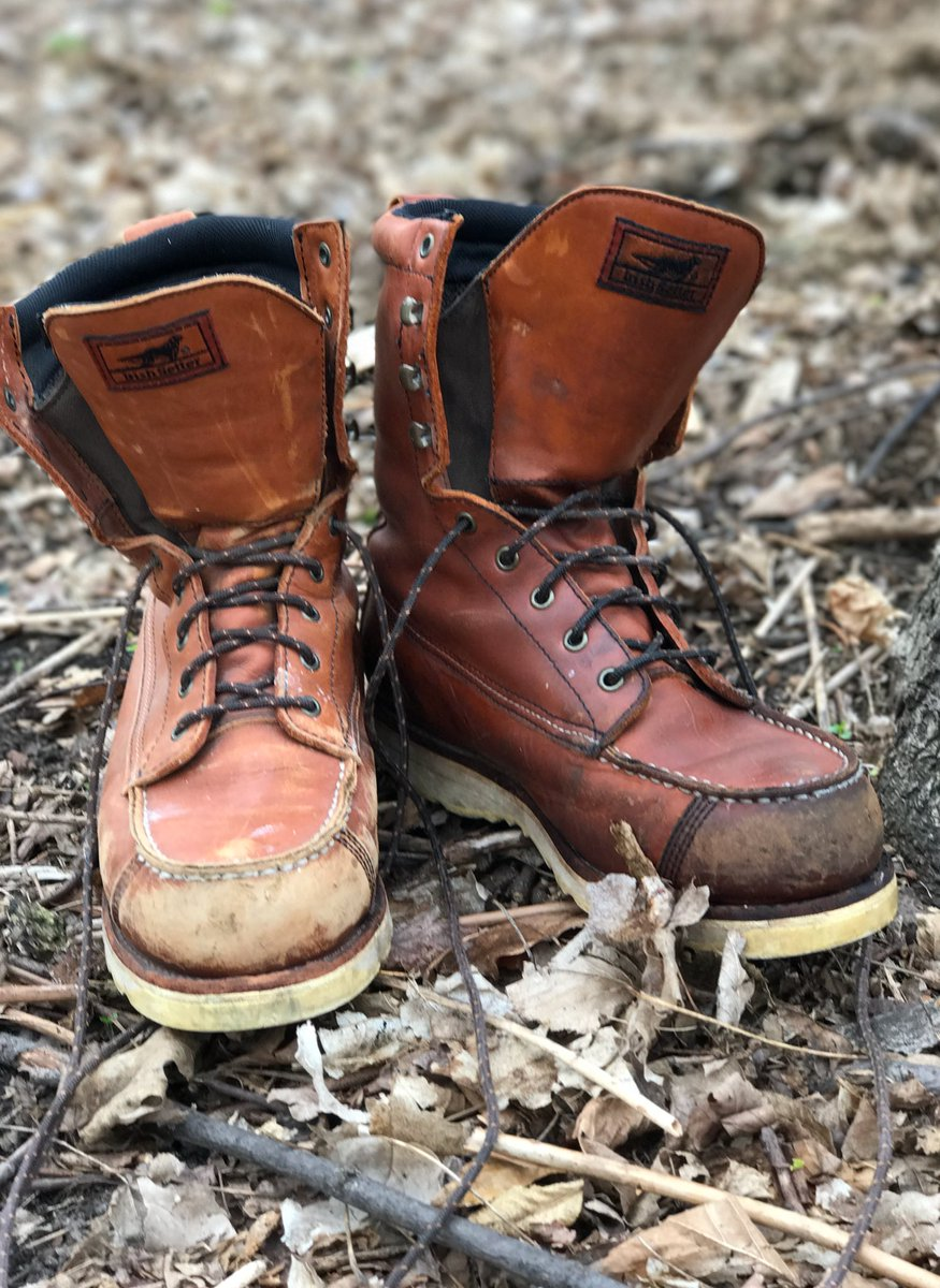 Fixin these bad boys up. Take care of your boots people!  @RedWingHeritage https://t.co/uivvfpeIVO