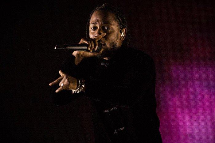 Kendrick Lamar's 'HUMBLE.' is No. 1 on the Billboard Hot 100 https://t.co/YVBnjaEmOt