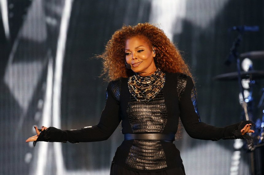 This Janet Jackson fan is suing Live Nation for rescheduling tour tickets: https://t.co/owhLZOXqhK