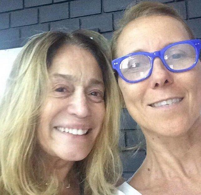 Aos 74 anos, Susana Vieira publica foto sem maquiagem e recebe elogios dos fãs https://t.co/V6eiLGuLyP