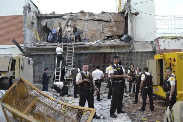 Bruut geweld bij megaroof in Paraguay