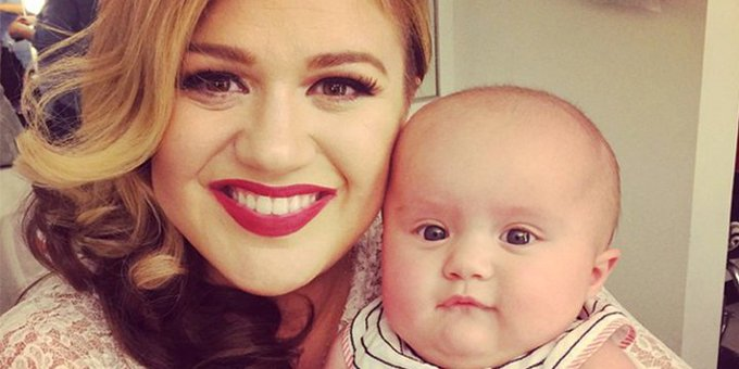 """People \""""Happy 35th birthday kelly_clarkson! See her life in photos"""
