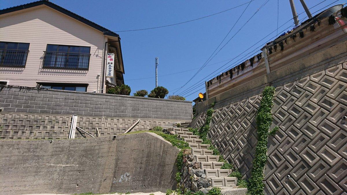 【シノハユ聖地巡礼】江津近くのキレイな海辺にて撮影中、地元の民宿に宿泊されているサーファーの方々と仲良くなれました。たま