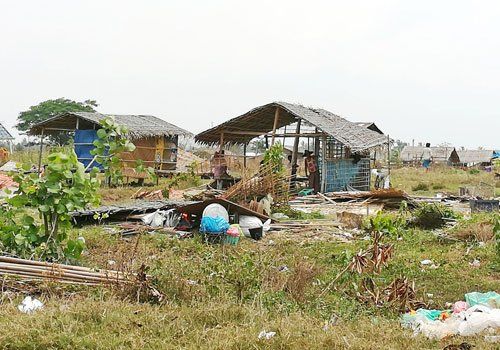 Squatters in Sittwe township relocated to new homes
