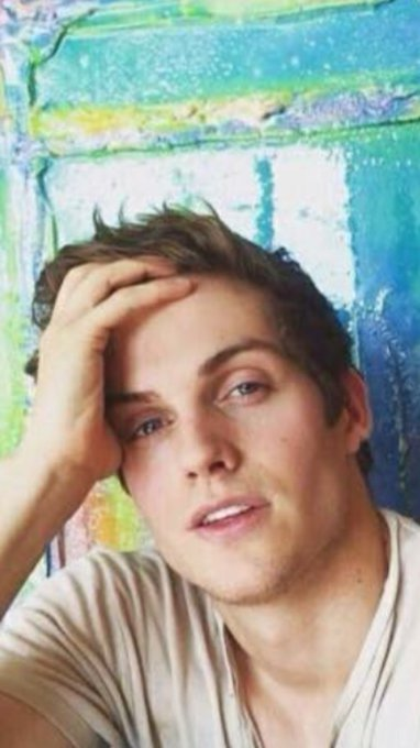 Happy Birthday Daniel Sharman Sexy wonder       +31