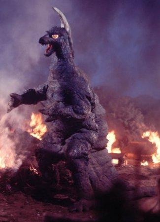 #怪獣酒場 #ウルトラ怪獣 5/19(金)〜5/20(金)には、僕の推し怪獣の凶暴怪獣アーストロンが来店するらしい!着ぐ
