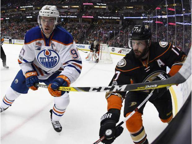 The Oilers and Ducks are bracing for a chess match of an NHL playoffs battle via @npsport