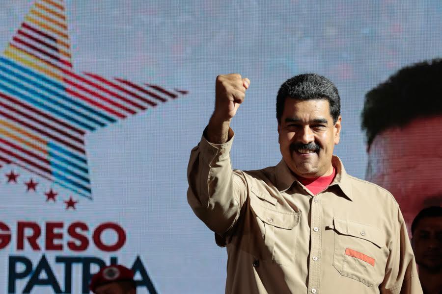 Pdte. @NicolasMaduro Derecha no detendrá recuperación económica de #Venezuela
