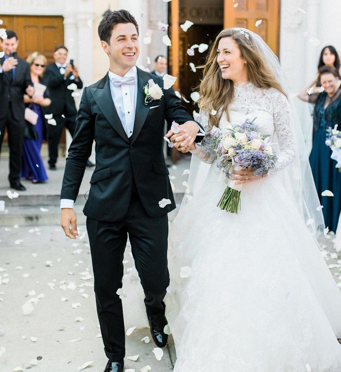 A little peek inside @DavidHenrie's magical wedding ❤️