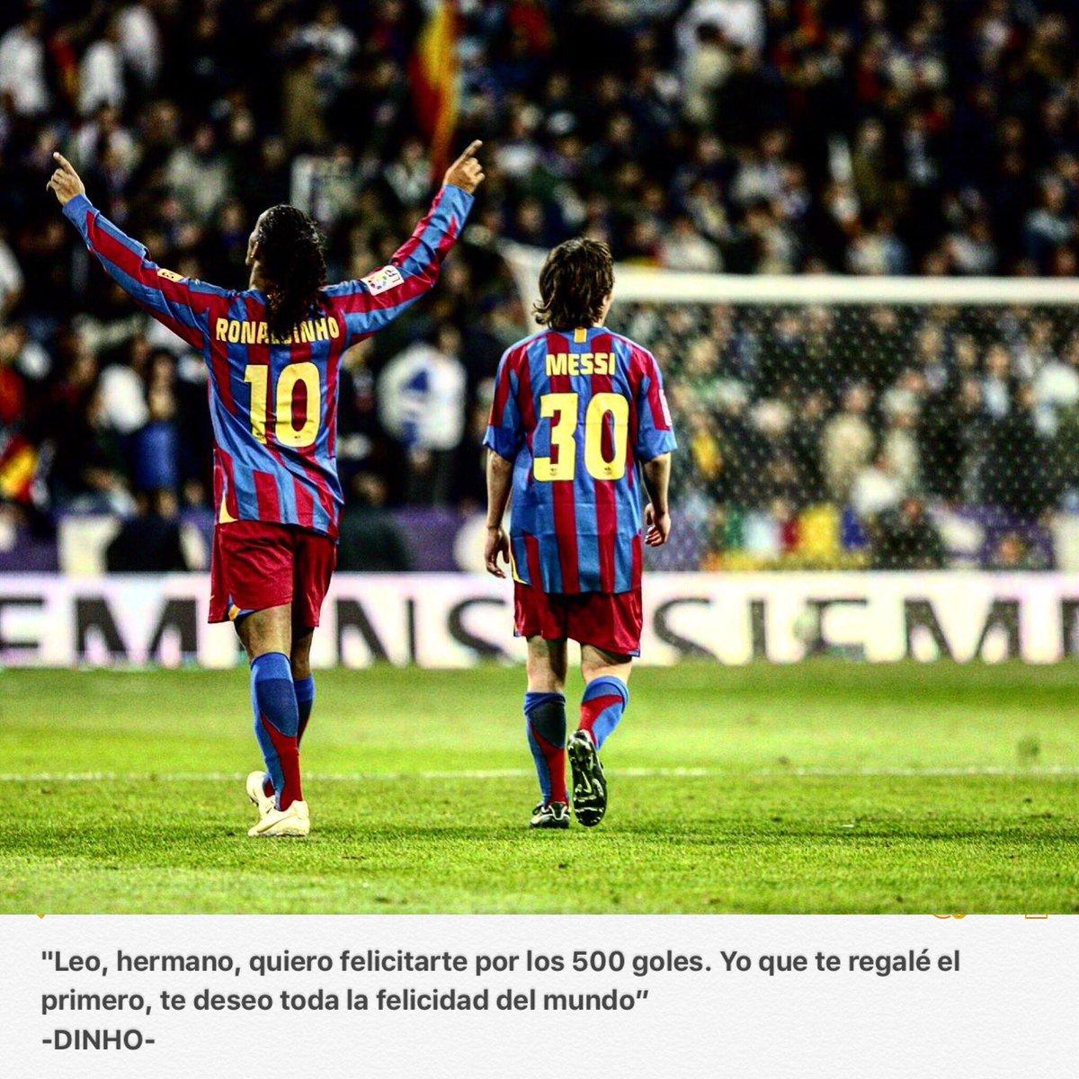 La felicitación de Ronaldinho a Lionel Messi por sus 500 goles. De crack a crack 🤜🏻🤛🏻