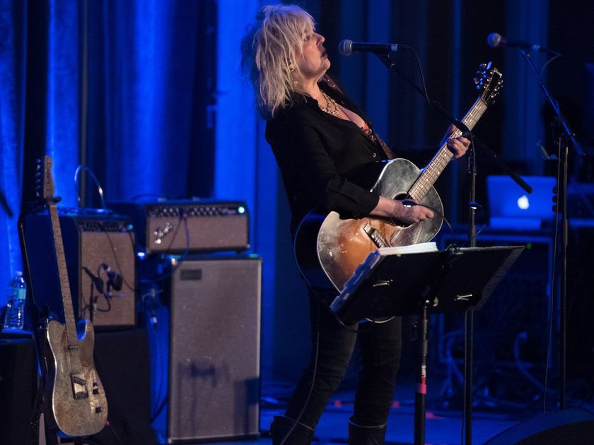 Lucinda Williams sets the bar high at intimate Contemporary Art Museum show