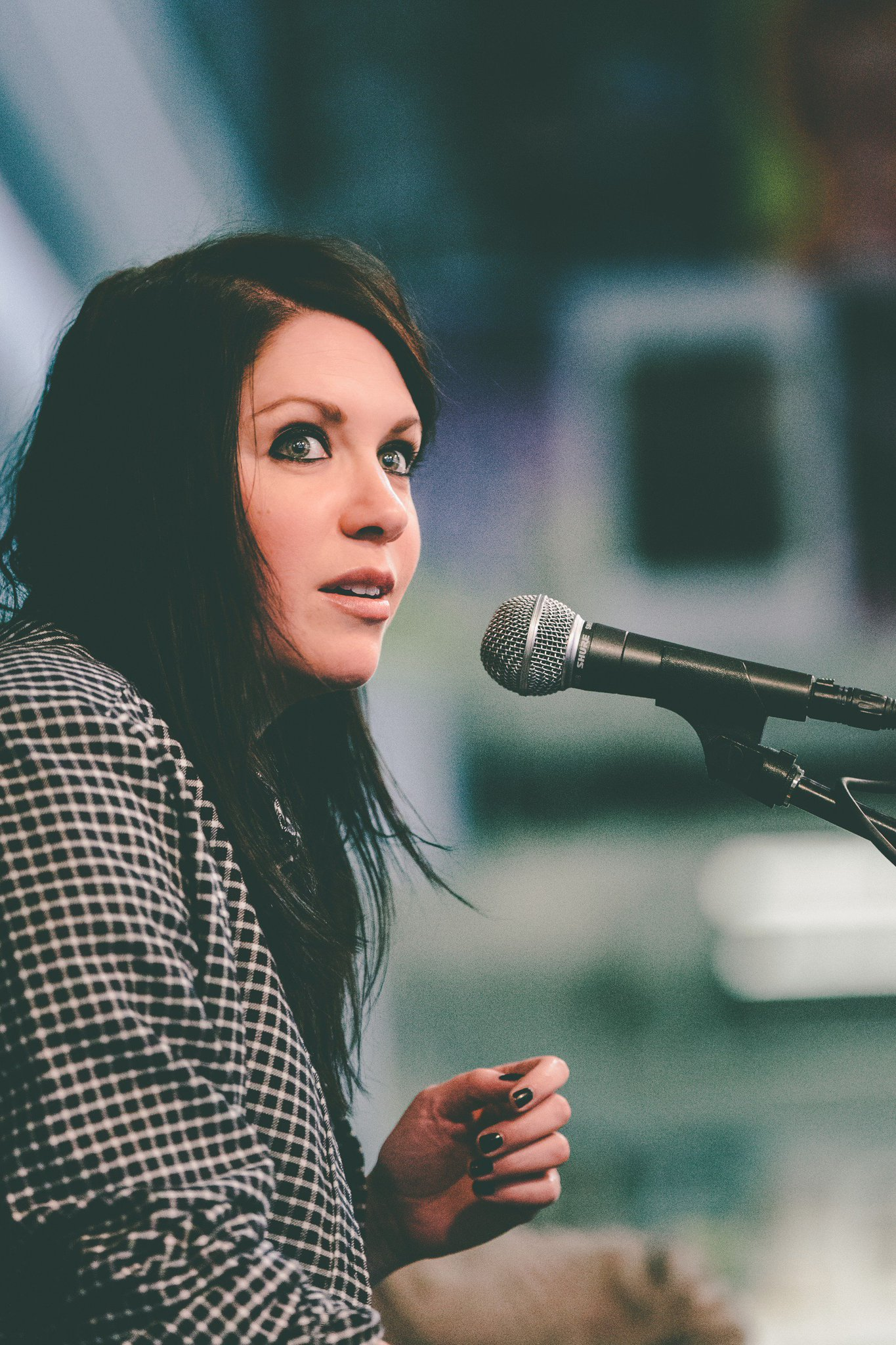 .@kflay performing live in Los Angeles at @amoebamusic. Photos by @AndresWrites. https://t.co/CBps3M3nlc