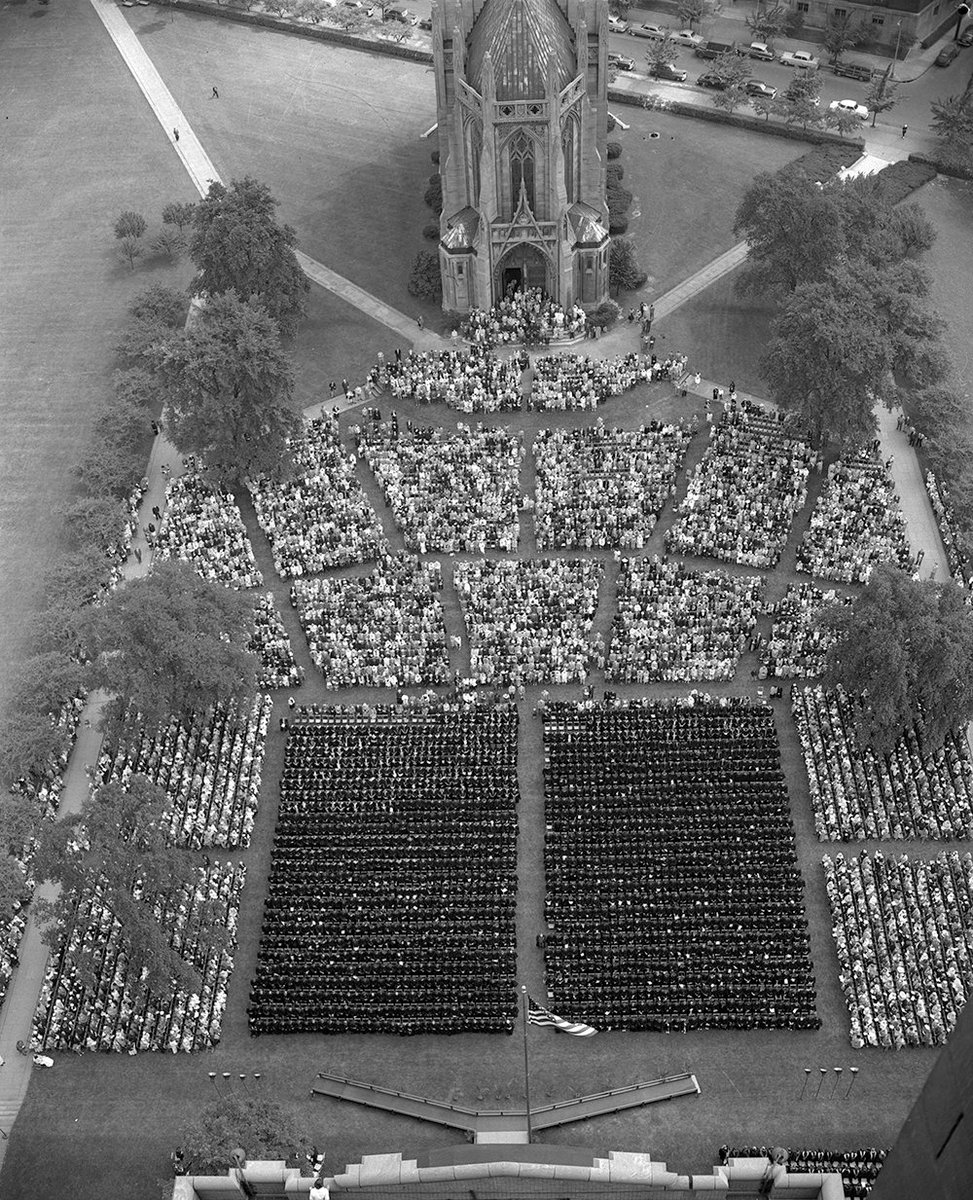 Commencement now takes place at the Pete, but here's how we used to do it circa 1950. #TBT https://t.co/56VYV7rXke