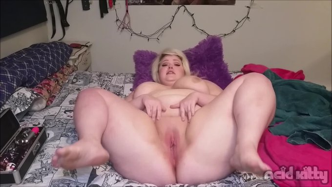 Double Vaginal With Glass Dildos by @Acid__Kitty https://t.co/h9eJJwmkg2 @manyvids https://t.co/BMRk