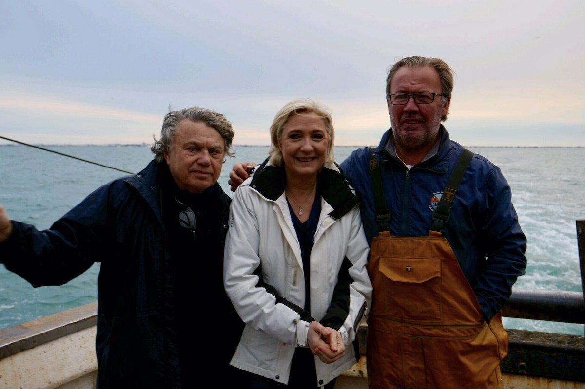 ⚓️ Avec @GilbertCollard, j'accompagne ce matin nos pêcheurs en mer au Grau-du-Roi.