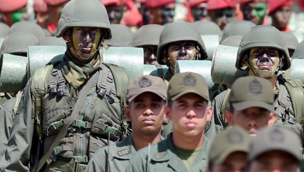 El ministerio p0fablico de la rep0fablica de colombia fue concebido y creado como unidad gubernamental bajo el imperativo