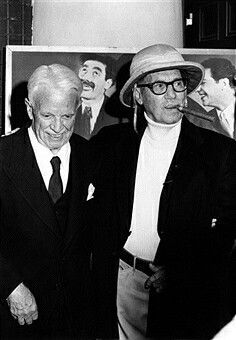 #GrouchoMarxand #CharlieChaplin attend an event celebrating the #MarxBrothers c. 1975 in Los Angeles https://t.co/jpXdTycYns