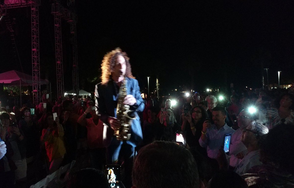 test Twitter Media - I loved watching @JakeShimabukuro play the ukulele. Coachman Park in #Clearwater is a lovely venue. https://t.co/WxInQbV5Eo #kennyg #music https://t.co/RF0q7MyySv