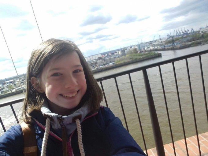 Freiheitsgefühle sprudeln, das erste Mal auf der Elphi! WOW, das Warten hat sich gelohnt. #zukunftstag #Hamburg (ck) https://t.co/84J3KhmyiU