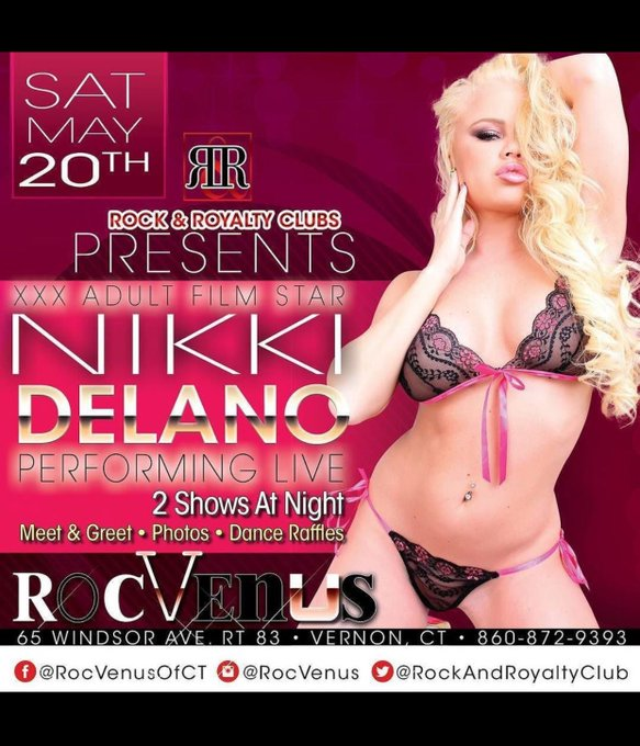 3 pic. May 18-20 meet me live in CT at @RockRoyaltyClub wooohoo https://t.co/jKPeTzp1nU