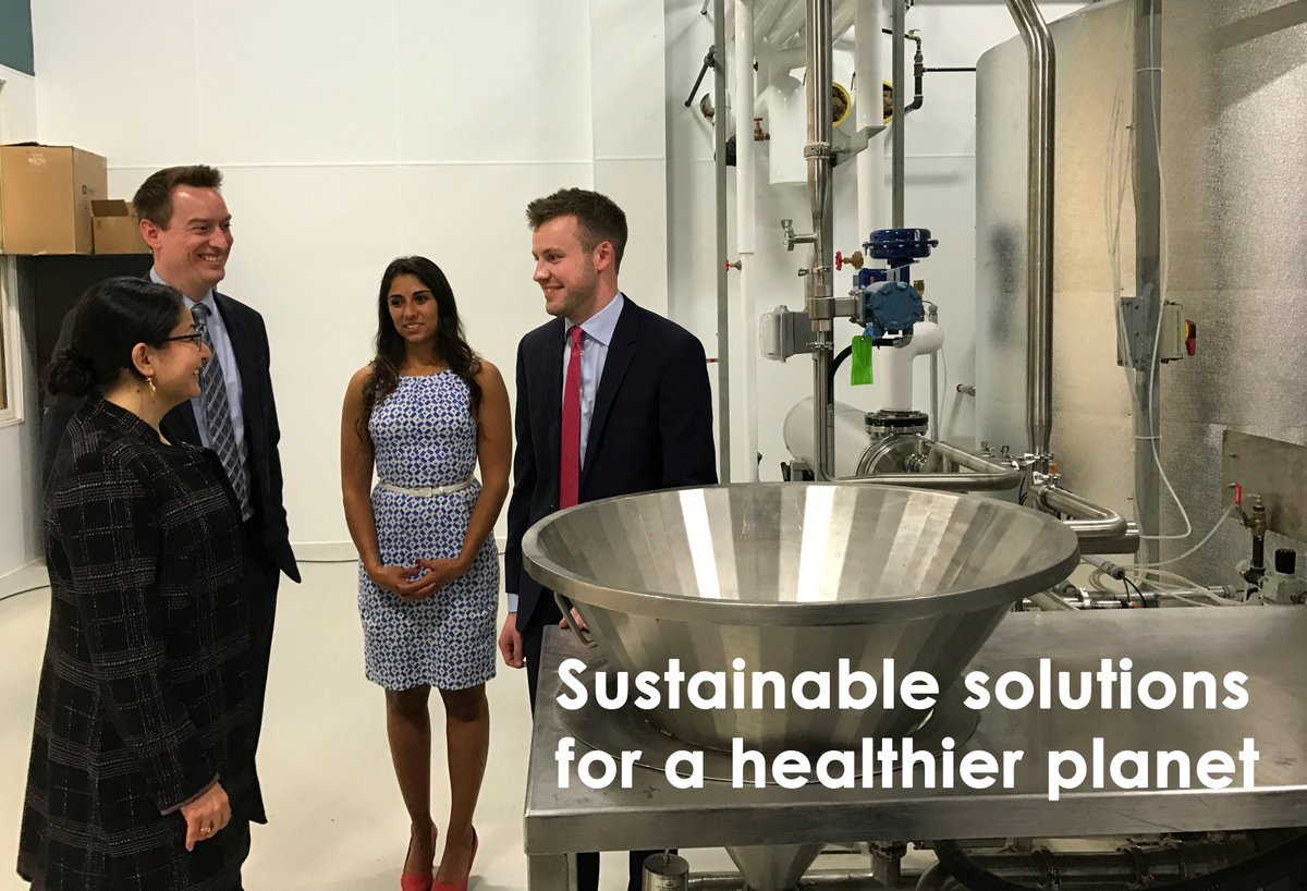 RT @FedDevOntario: Min. Monsef with @NoblegenInc's team in #Ptbo. Proud to see #young #entrepreneurs #succeeding https://t.co/6DmU37SPS4