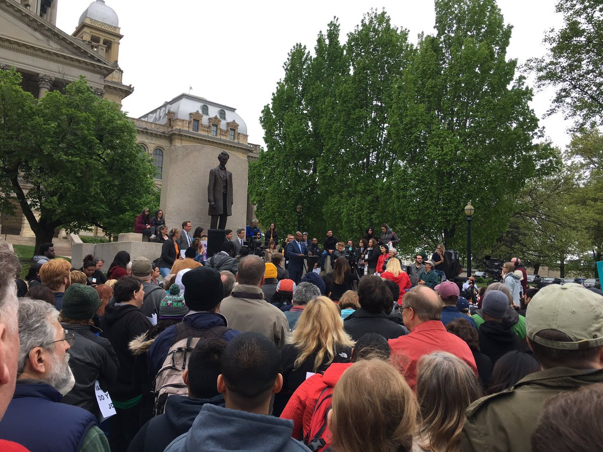 test Twitter Media - Honored to speak at the Teach-Out Rally to help save Higher Education in our State!  #savehighereducation #budgetnow #raunerdoyourjob https://t.co/GErfn9E7b0
