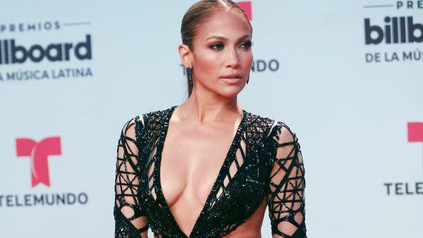 J.Lo debuts a new Spanish single at the Billboard Latin Music Awards: