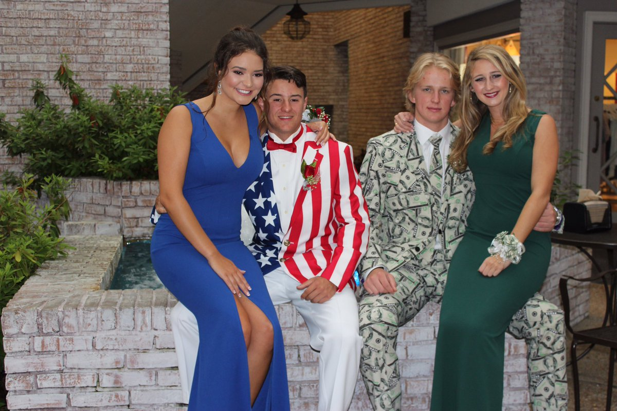 Slideshow: madison high schoolers\' crazy prom suits go viral ...