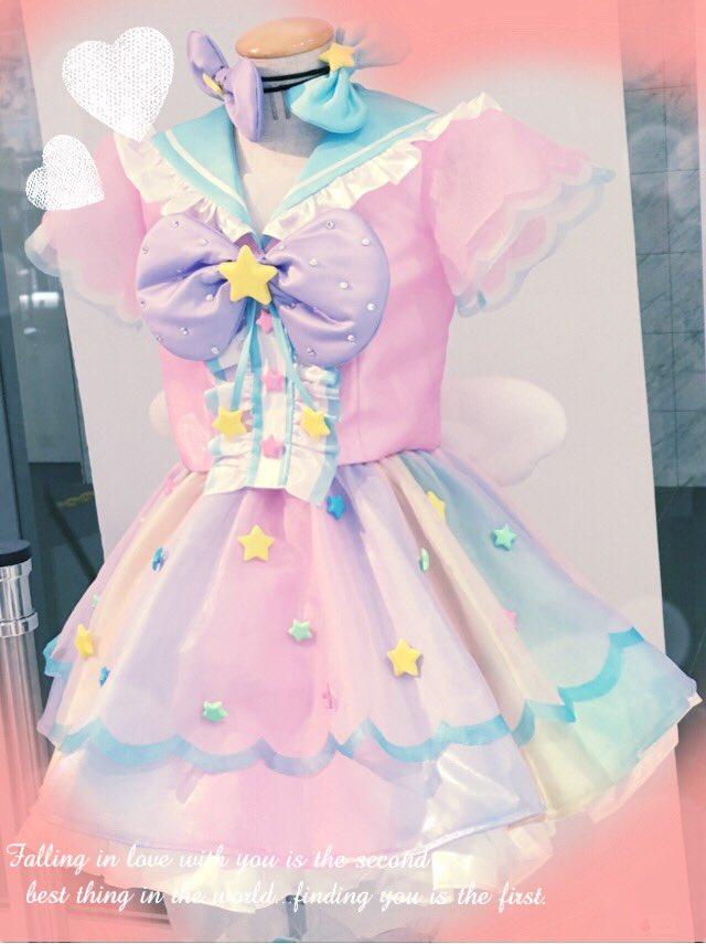 今日は、久しぶりにアキパパラ♫ヘイパラの後、プリパラ展に行って来ました☆ ゆいちゃんの衣装可愛かったです♡