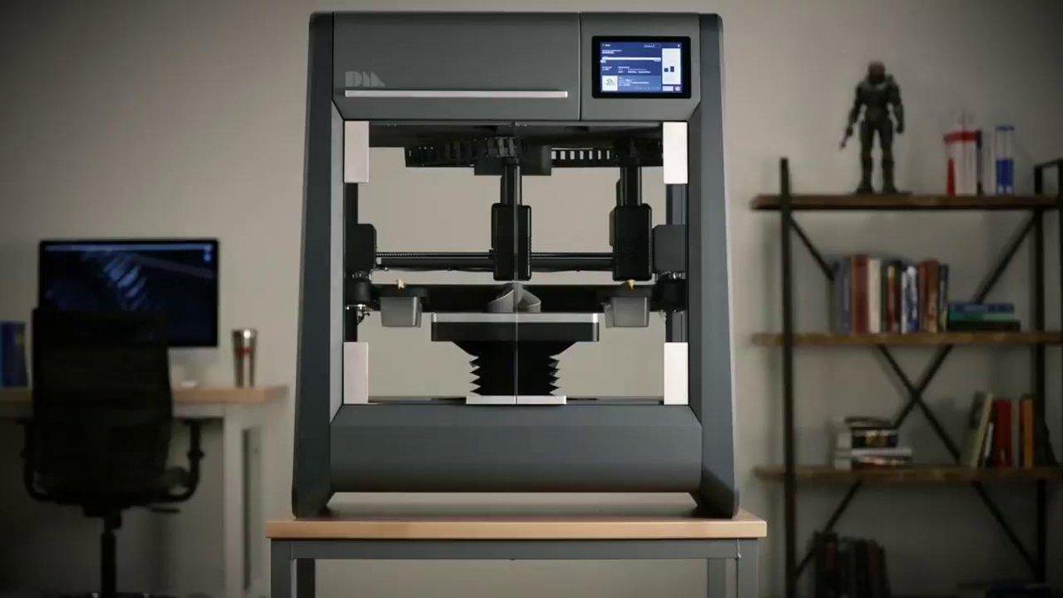 This machine can print steel, titanium, and copper