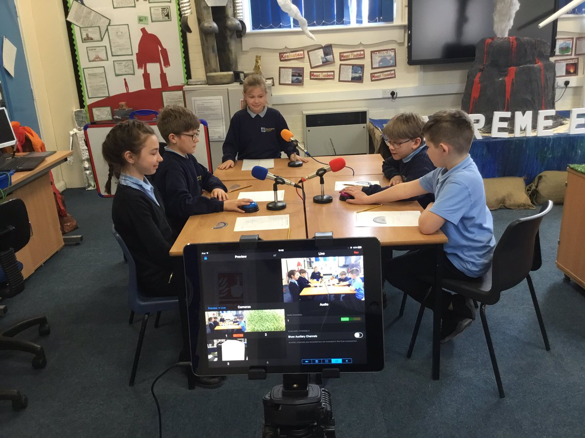 Our Year 5 Wolves have created an Angles Quiz Show to explore their reasoning skills!  @AETmaths https://t.co/3pKAPSqJsI