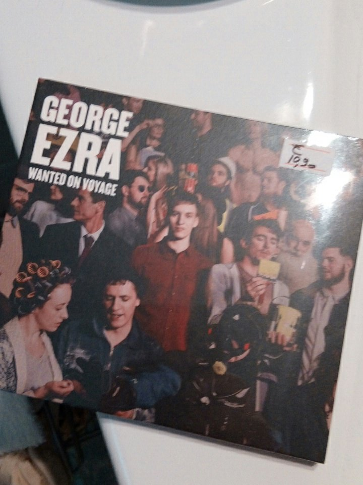 Waiting for the second... #wantedonavoyage #indie #petan 👋 @george_ezra https://t.co/9C9fAV6ntp