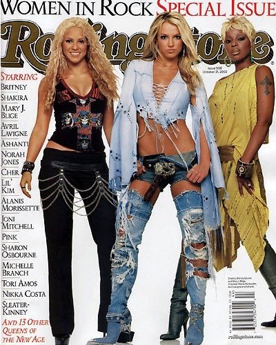 #fbf when @maryjblige and I were on the cover of Rolling Stone �� Congrats on your new album #StrengthofaWoman!!! https://t.co/1U7sMRtRyG