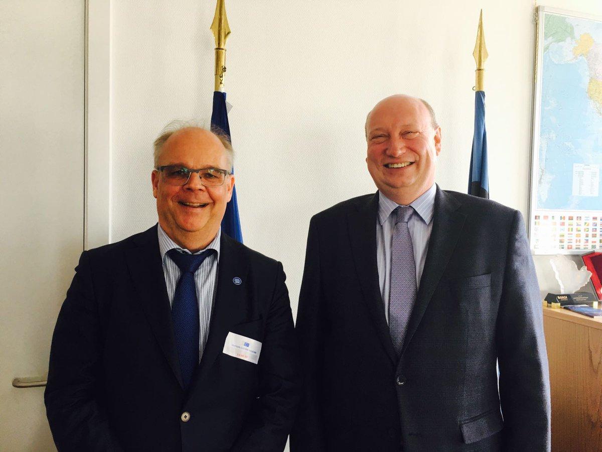 test Twitter Media - DG Hololei w/ Amb. Mäki-Reinikka discussing Finland's Chairmanship of @ArcticCouncil. Connectivity is high on the agenda! @Ulkoministerio https://t.co/mQQZkIUHqG