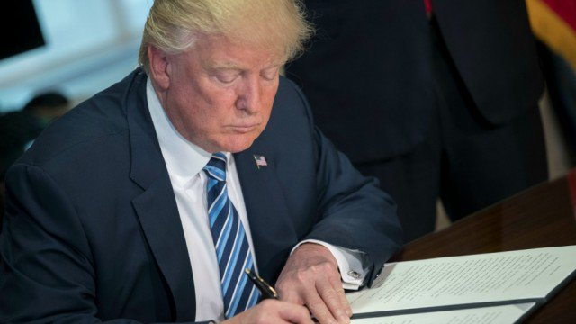 #BREAKING Trump signs order to lift Obama-era restrictions on offshore oil drilling