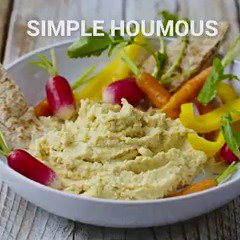#Houmous shortage??? Fear not guys here's how to make it from scratch! #houmousgate https://t.co/wJ3mmHfFXV https://t.co/BP0NPkx6wS