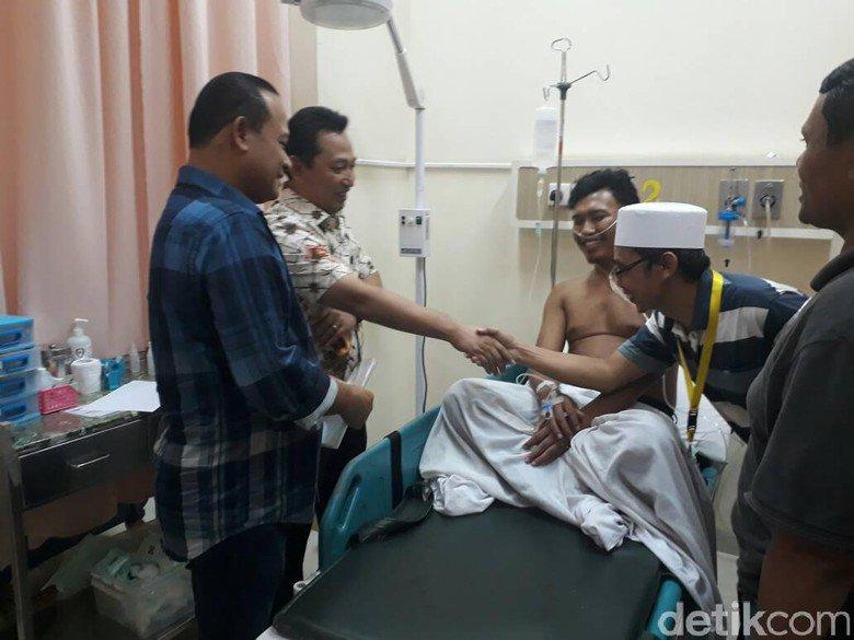 Polisi yang Ditembaki Begal di Tangerang Sudah Keluar dari RS https://t.co/rDh6jTjaP5 https://t.co/4BCM5V6XjM
