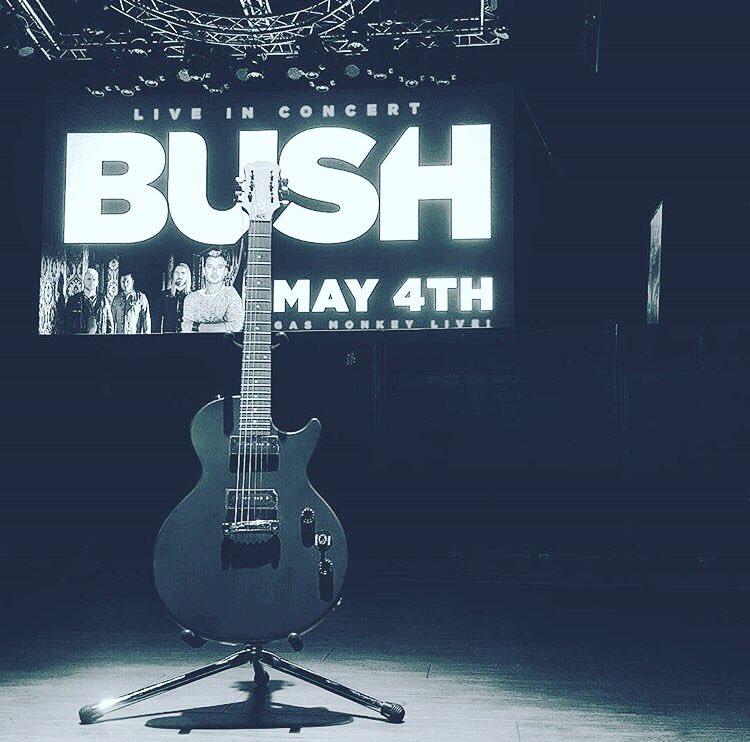 Thursday. #Dallas. Show #1.  https://t.co/7xz29K4atq https://t.co/q7UusS1U33