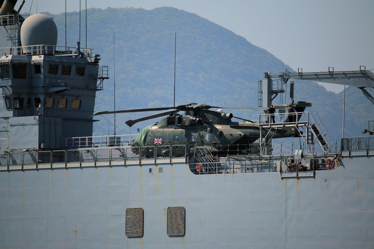 【軍事】フランス海軍の強襲揚陸艦「ミストラル」が佐世保基地に入港 日本、英国、米国の部隊を乗せ初の4カ国共同訓練へ ★9 [無断転載禁止]©2ch.netYouTube動画>29本 ->画像>42枚