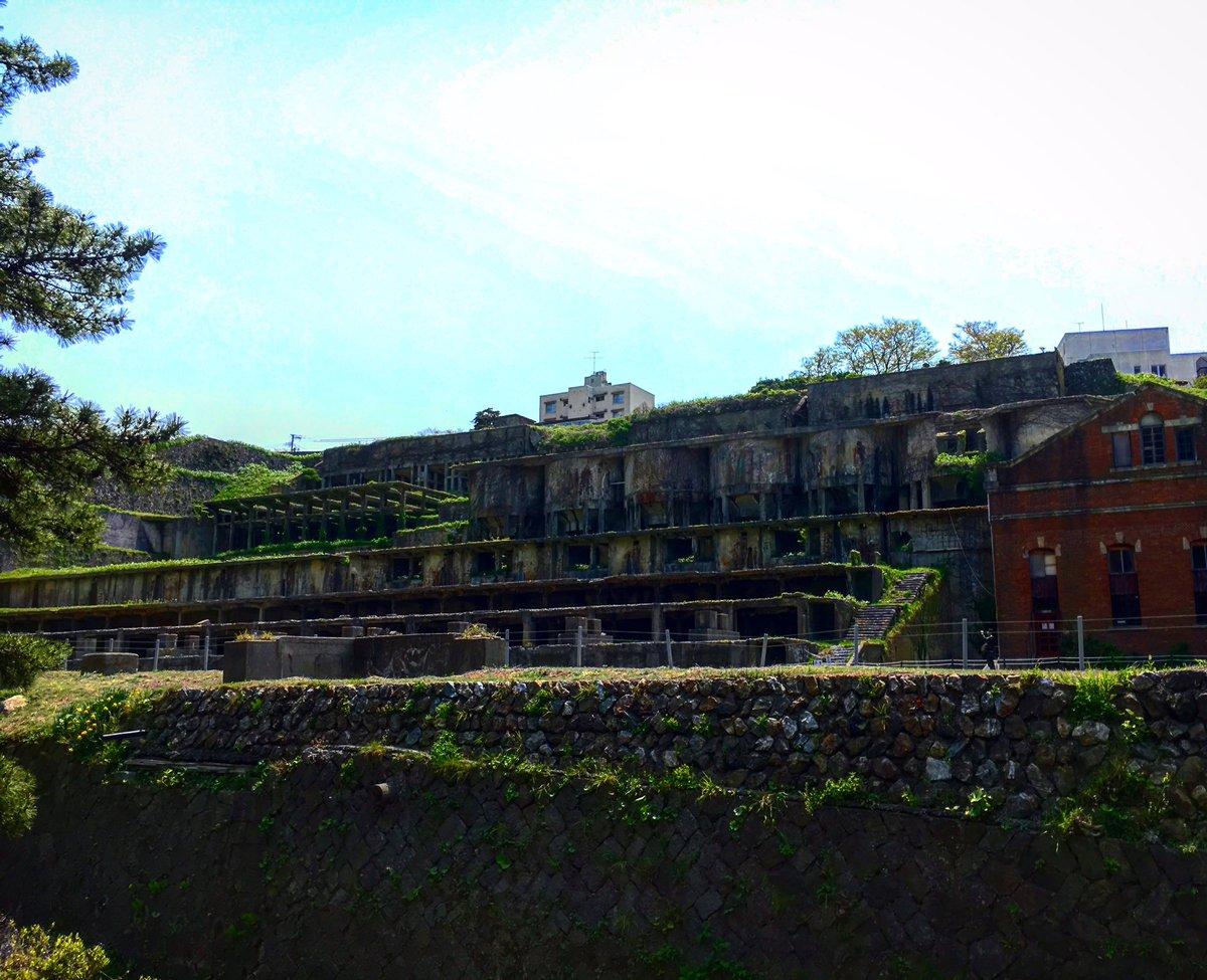 佐渡ヶ島にある廃墟ラピュタの様な世界でした❗️佐渡ヶ島を出る直前にバイクを壊して、、、2、3日身動きが取れません。#佐渡