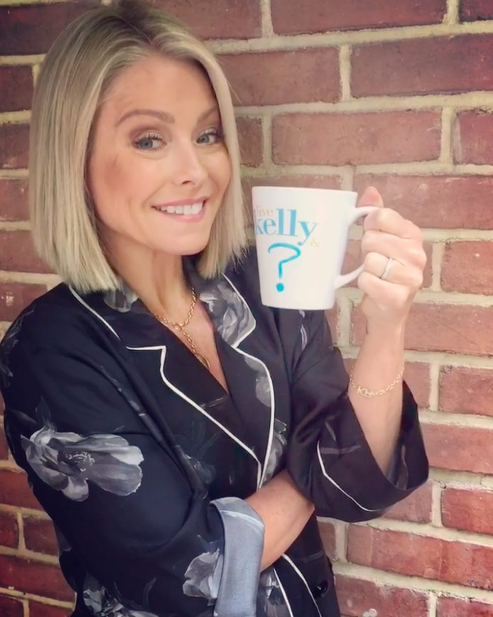 We're going to need a bigger mug. #TuneInToLive #BigAnnouncement #LiveKellyCohost QRKQ9