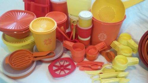 Freebies Vtg Tupperware Harvest Measuring Cups Spoons 54+ Collectibles Items & freebies