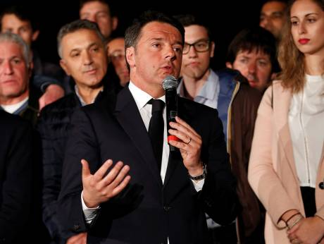 Italy's Renzi returns as leader of ruling party