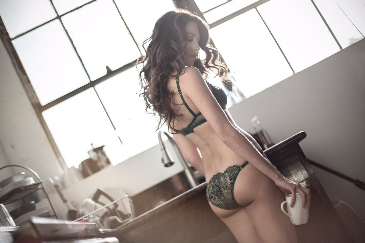 monday morning vibes || photography by  lingerie by Agent Provocateur  hair/makeup by