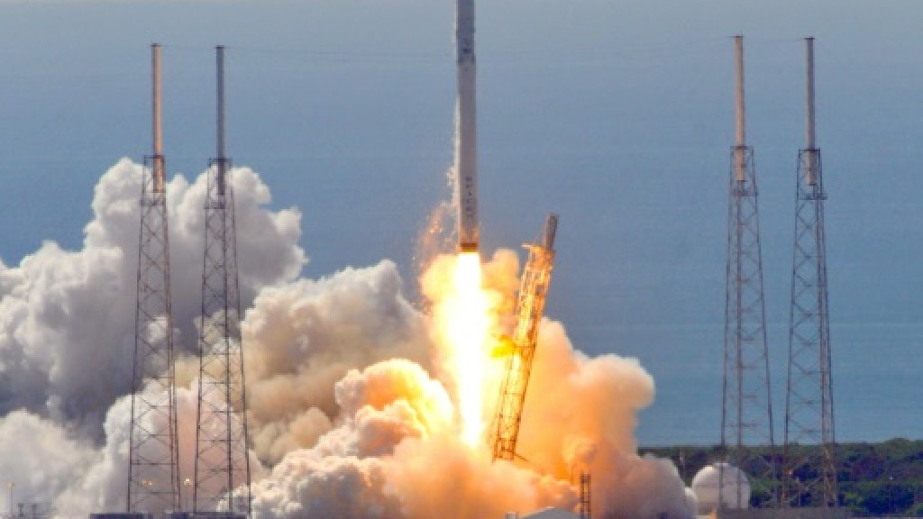 SpaceX launches classified payload for US government
